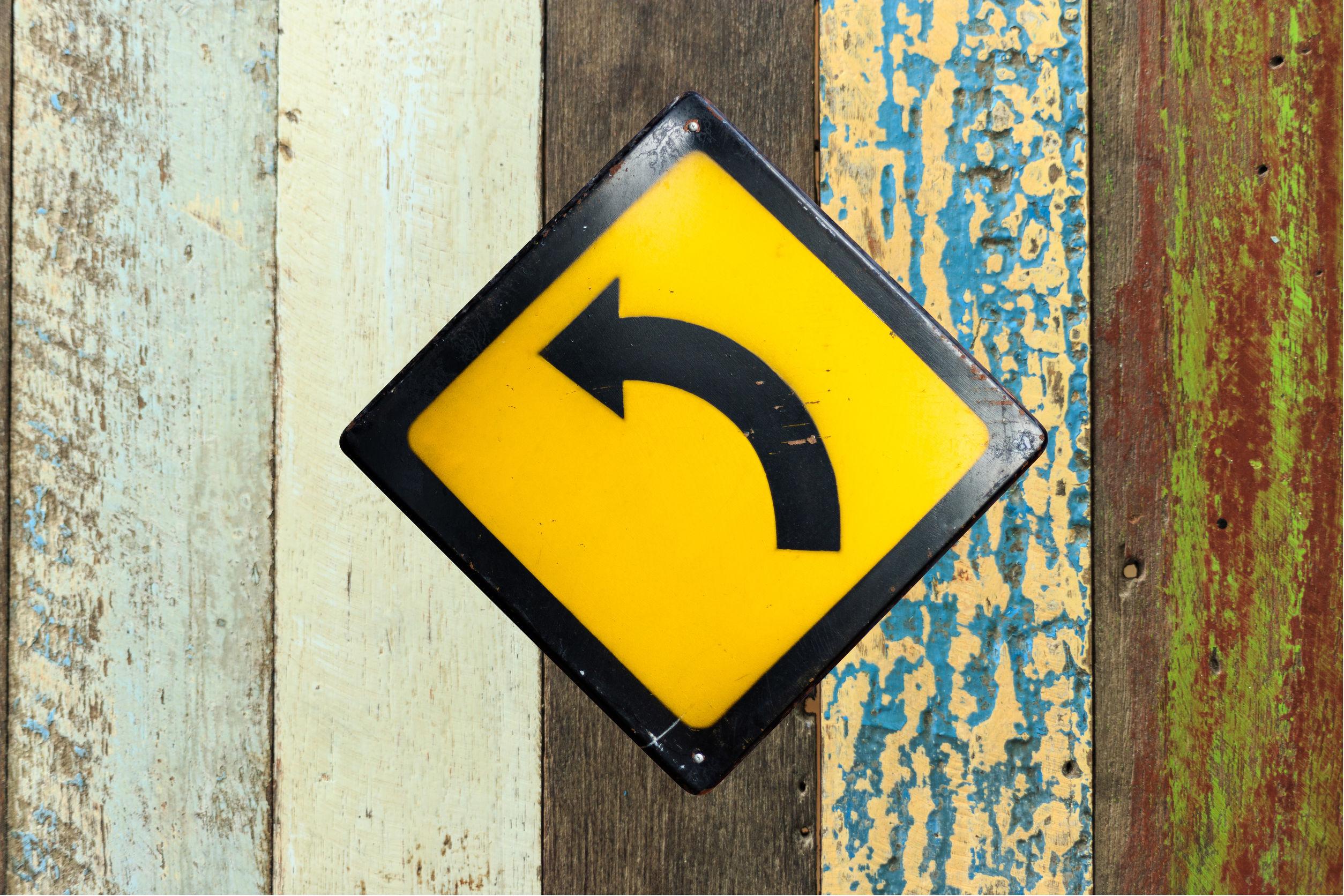 61726282 - turn left sign